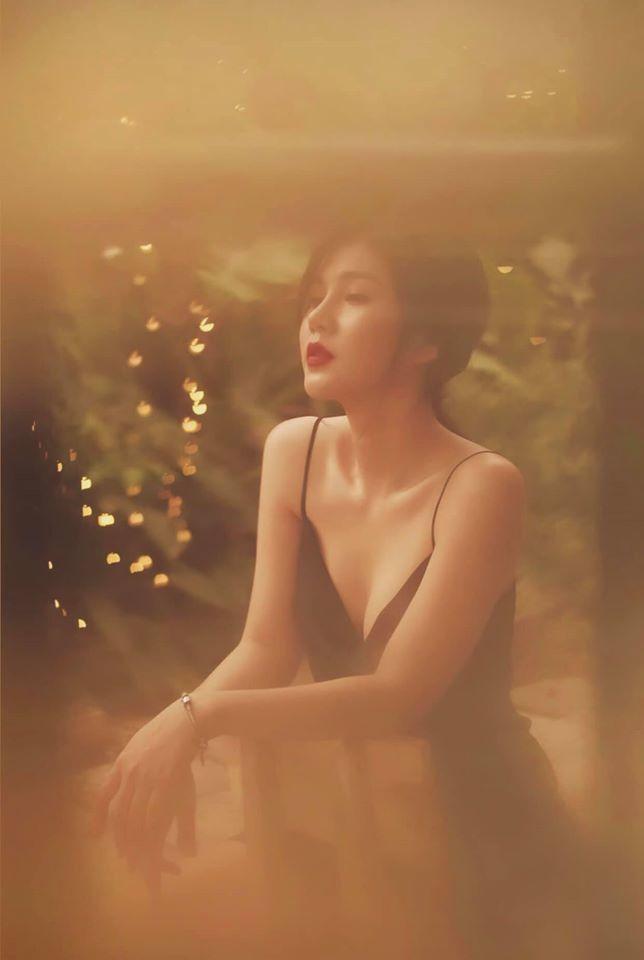 Vũ Thu Hoài, nữ MC sexy nhận 3 điểm 10 giọng hát