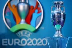 UEFA xem dời Euro 2020 sang tháng 12