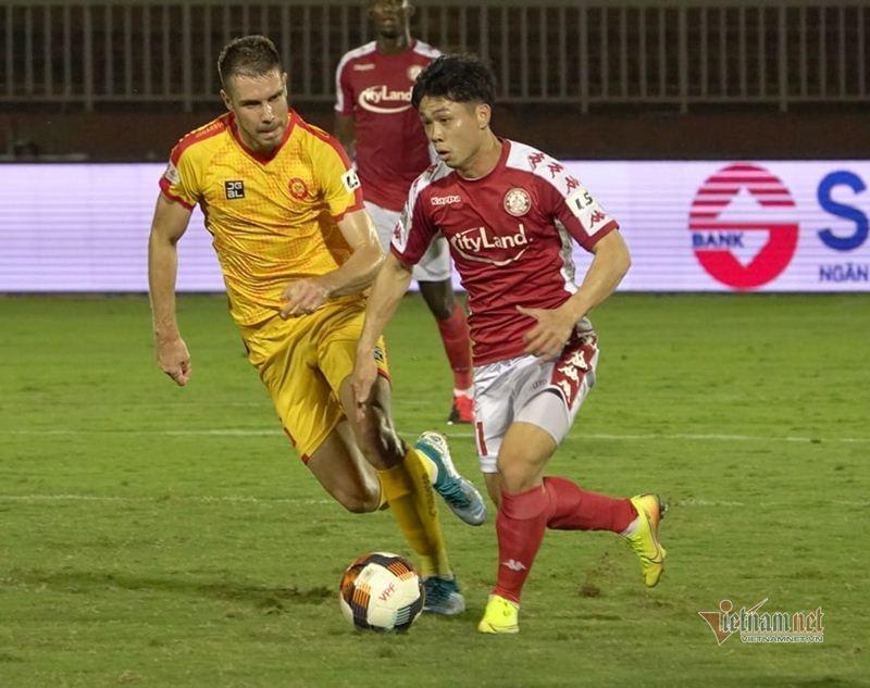 V-League 2020 tạm hoãn vì dịch Covid-19