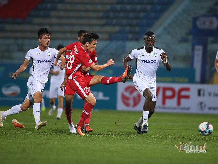 Lộ phương án tổ chức V-League 2020 mùa dịch Covid-19