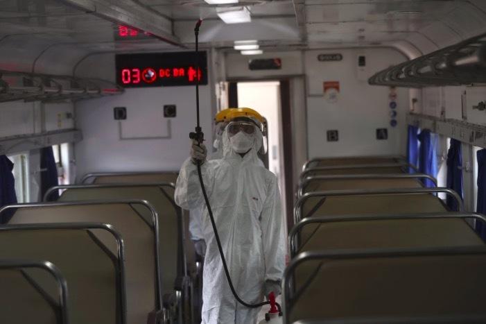 Hơn 100 người chết/ngày vì Covid-19 ở Tây Ban Nha, các nước cấp tập thêm loạt biện pháp chặn dịch