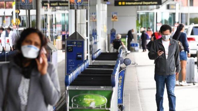 Coronavirus: Australia orders all arrivals to self-isolate for 14 days