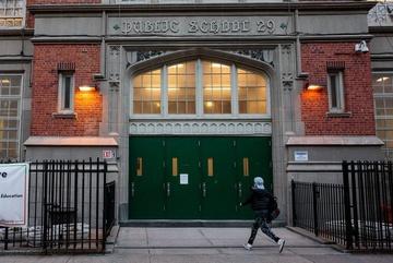 New York, Los Angeles đóng cửa toàn bộ trường học từ hôm nay