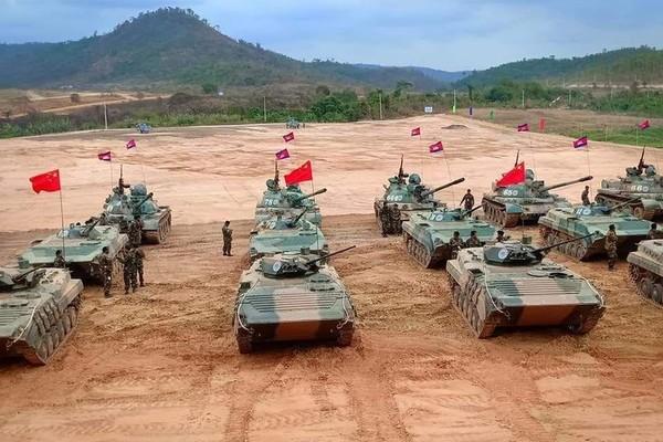 """Campuchia - Trung Quốc tập trận """"Rồng vàng"""""""