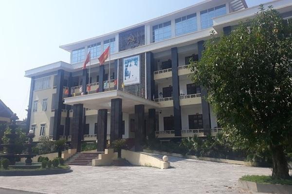 Huyện ở Thanh Hóa vay của cán bộ hàng chục tỷ đồng chi tiêu