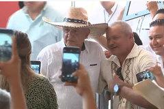 Tổng thống Mexico hứng bão chỉ trích vì gặp hàng nghìn người giữa đại dịch Covid-19