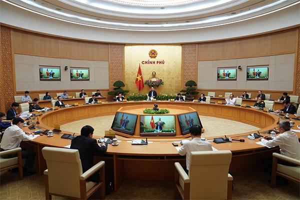 Thủ tướng: Tăng chi cho người cách ly, hỗ trợ y bác sỹ chống virus corona