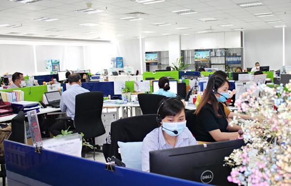 Vinamilk hỗ trợ 10 tỷ đồng mua thiết bị phát hiện nhanh virus corona