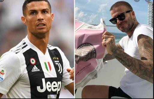 MU tiễn nửa đội hình, Ronaldo gật về đội Beckham
