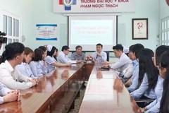 Hơn 1.000 sinh viên năm cuối ngành y ở TP.HCM tham gia chống dịch