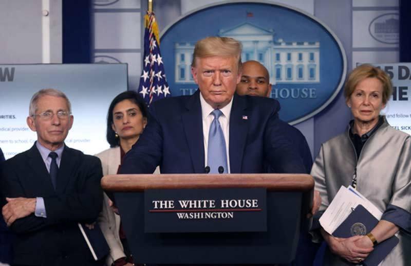 Nước Mỹ bứt phá kỷ lục, Donald Trump ghi điểm trước trận đấu lớn