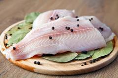 Bữa ăn dinh dưỡng, cân bằng với dầu ăn từ cá