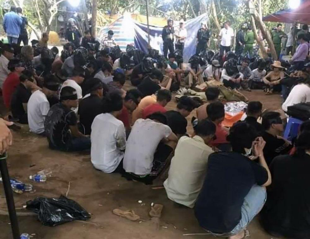 Xử nghiêm cán bộ liên quan vụ Bộ Công an phá trường gà ở Tiền Giang