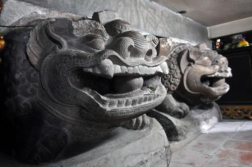 bảo vật quốc gia,tượng sư tử đá
