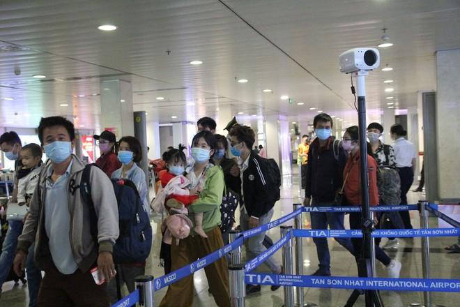 6 lưu ý để có chuyến bay an toàn mùa dịch