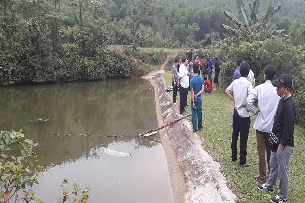 Trượt chân ở đập nước, 2 anh em ở Quảng Bình chết đuối