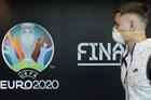 EURO 2020 hoãn 1 năm, UEFA yêu cầu CLB bồi thường