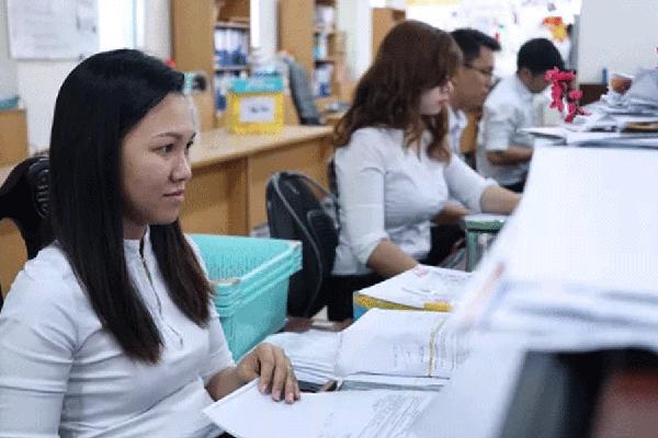 Những khoản thu nhập của công chức, viên chức bị bãi bỏ từ 2021