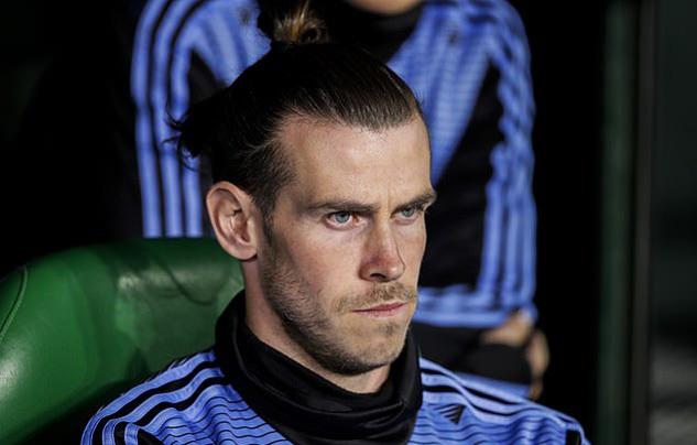 Real Madrid 'cho không' Gareth Bale, MU sốt sắng