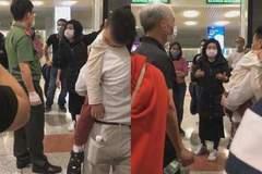 Hồi hương tránh dịch, nhóm hành khách náo loạn sân bay, không chịu cách ly