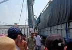 Leo lên phủ bạt xe tải, tài xế ở Đồng Nai bị điện giật tử vong