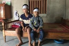 Tương lai mịt mù của hai đứa trẻ mồ côi cả cha lẫn mẹ