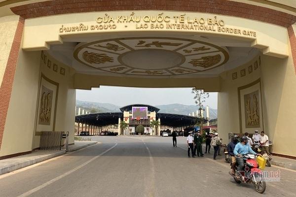 Hà Tĩnh, Quảng Trị cách ly hàng trăm công dân trở về từ Lào
