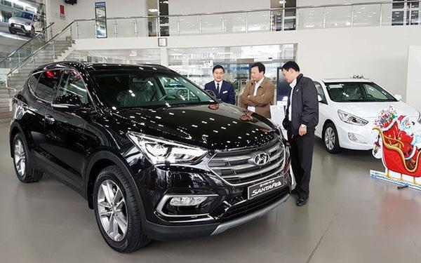 Vietnam's car market cools on Covid-19