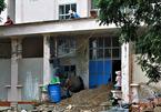 100 công nhân gấp rút cải tạo BV bỏ hoang thành khu cách ly Covid-19
