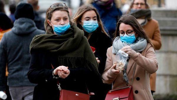 Phương Đông, Phương Tây và cuộc chiến chống virus nCoV