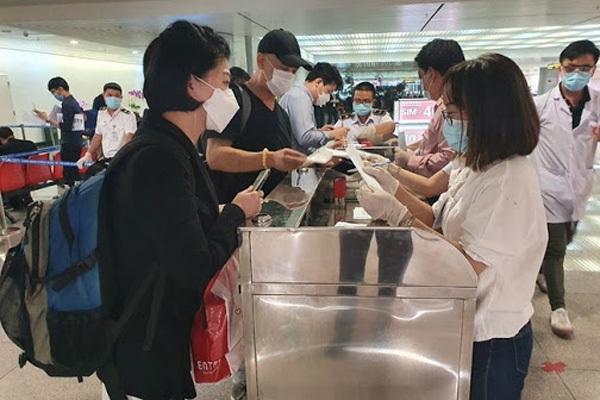 Tạm dừng miễn thị thực đơn phương với công dân Belarus, Nga và Nhật Bản