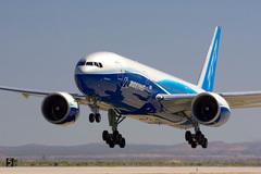 Donald Trump hỗ trợ hàng không Mỹ 50 tỷ USD, thêm 50 tỷ USD cho Boeing