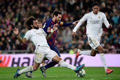 La Liga xem xét cắt hợp đồng cầu thủ vì Covid-19