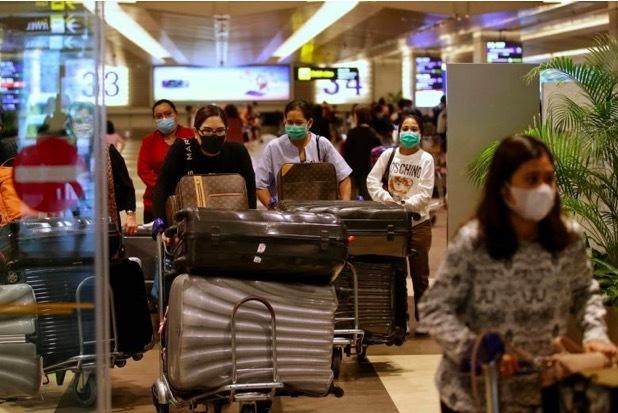 """Số ca nhiễm Covid-19 """"nhập khẩu"""" ở Trung Quốc tăng kỷ lục"""