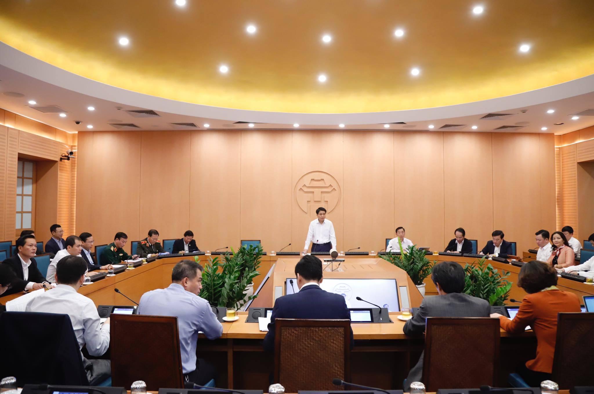 Chủ tịch Hà Nội: Tuổi người mắc Covid-19 ở Việt Nam ngược với Trung Quốc, Ý