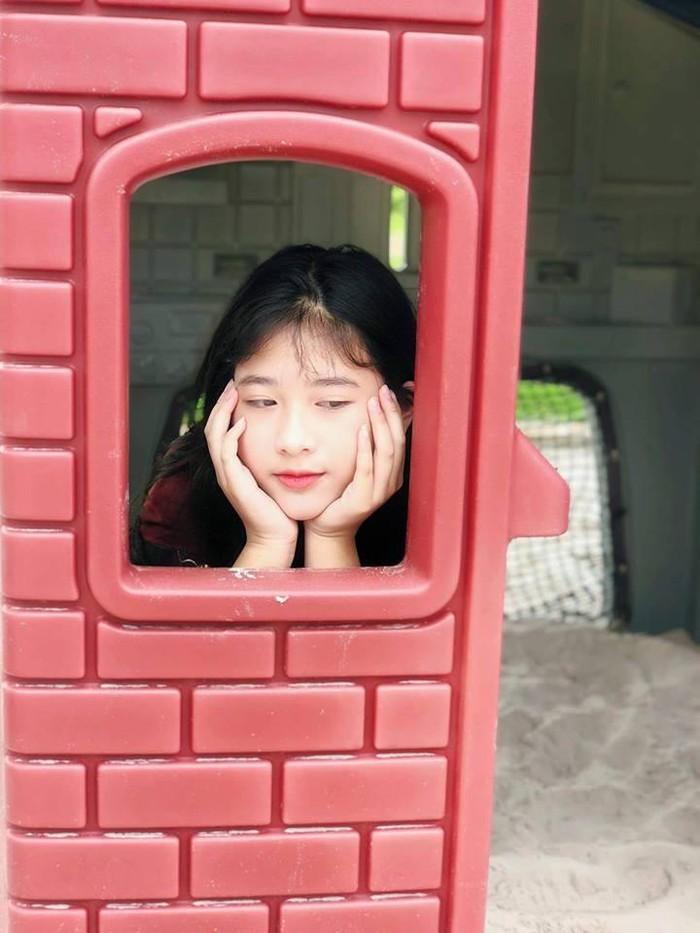 Con gái út xinh đẹp, đa tài của NSND Hồng Vân và Lê Tuấn Anh