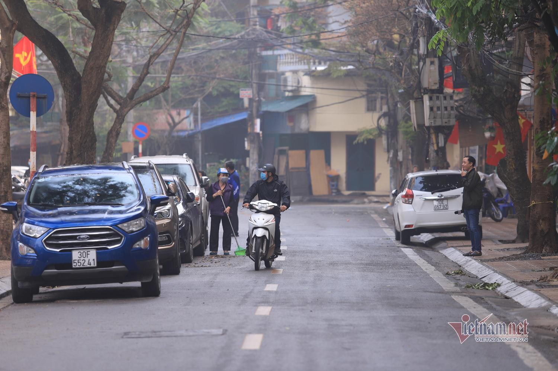 Buổi sáng lạ thường ở khu phố của bệnh nhân thứ 17 sau ngày cách ly