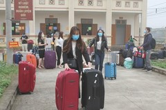 Vietnamese celebs finds different ways to fight deadly virus