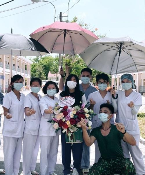 Chia sẻ xúc động của NSND Hồng Vân gửi Anh Vũ ngày giỗ đầu