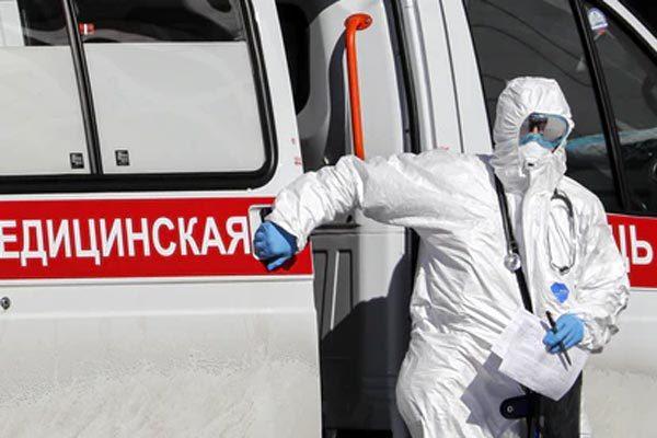 Nga đưa chuyên gia, thiết bị y tế tới Italia giúp chống Covid-19
