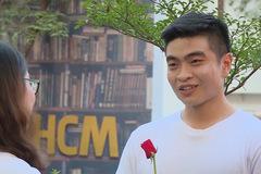Hot boy phòng gym tìm được tình yêu trên đường phố sau 2 lần thất bại