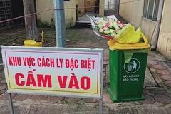 Người cách ly ném hoa bác sĩ tặng vào thùng rác gọi điện xin lỗi bệnh viện
