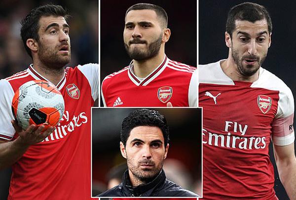 Arsenal thẳng tay đuổi 5 cầu thủ vô dụng