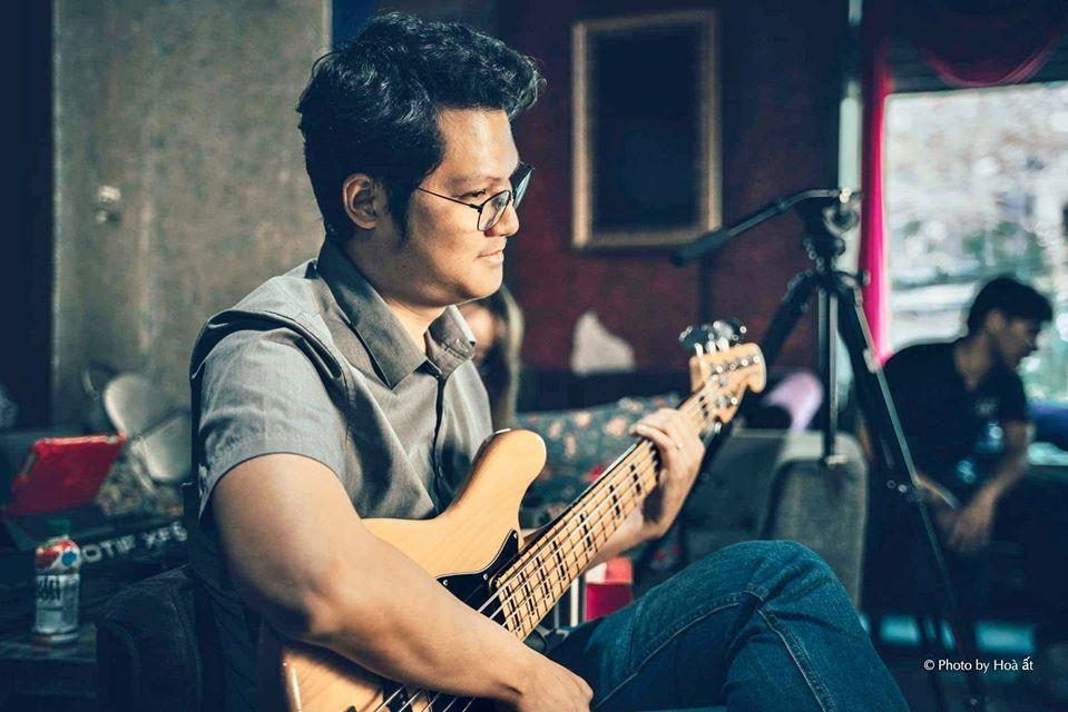 Covid-19: 'Cười lên Việt Nam' - ca khúc viết giữa đêm của nhạc sĩ Thanh Bình