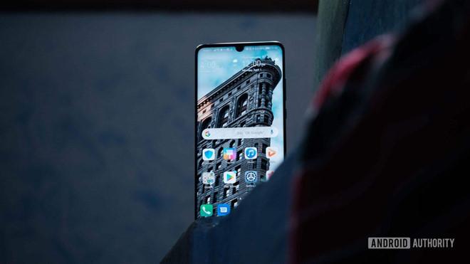 Huawei vừa bị hãng smartphone Trung Quốc khác vượt mặt