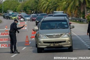 """Malaysia ban hành lệnh """"1 người 1 xe"""" nhằm đối phó với Covid-19"""