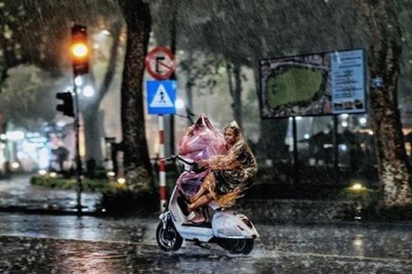 Dự báo thời tiết 25/3, miền Bắc mưa giông, đề phòng có lốc