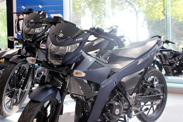 Suzuki ra mắt Satria F150 F/I nhập khẩu chính hãng