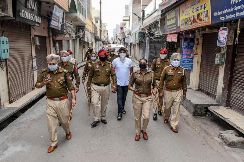 Hình ảnh Ấn Độ áp lệnh phong tỏa toàn quốc chống Covid-19