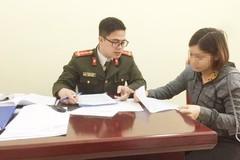 Triệu tập 2 phụ nữ tung tin họp cùng Chủ tịch Hà Nội, 'vỡ trận' Covid-19